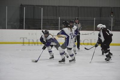 U-32 vs Kingdom girls hockey