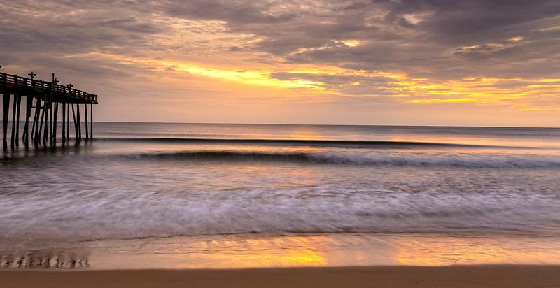 Sunrise @ HGI pier