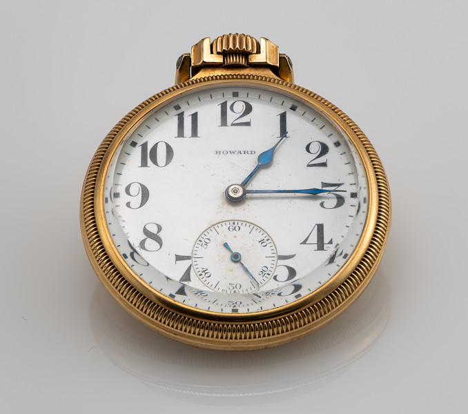 Howard RR Watch