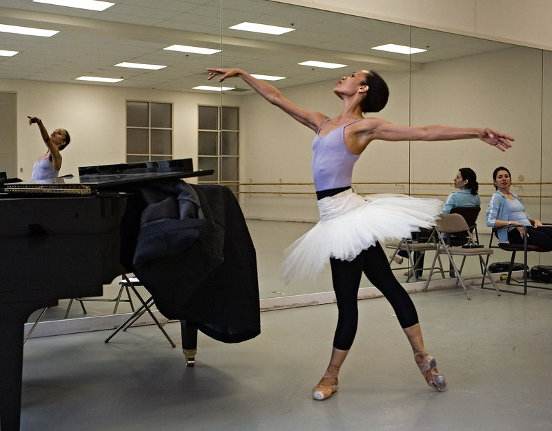 <h3>Tai Jimenez Rehearses <i>Le Corsaire</i></h3> At Boston Ballet Studio.  14 April 2006