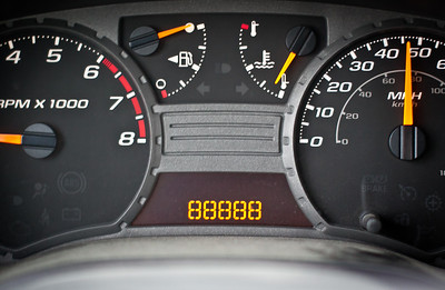 Dec 24, 2012 - I think my odometer is broken.  Yes, I was driving while shooting.