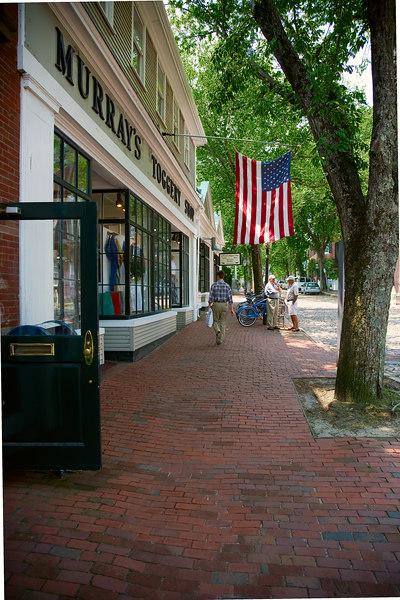 <h3>Noon<br>Main St<br>Nantucket</h3>  19 June 2006