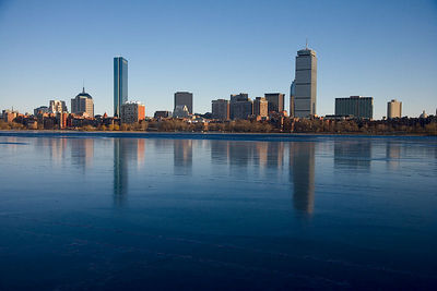 Charles River Ice I saw the ice on the river yesterday and the reflections, so I came back and walked over the Mass Ave. Bridge to get this shot.  Brrr.  3 March 2006