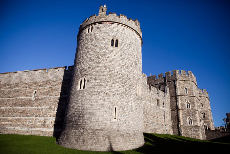 Had the chance to go to Windsor Castle on New Years Day, and the weather was beautiful! Windsor is full of beautiful buildings and warm little pubs with fireplaces.