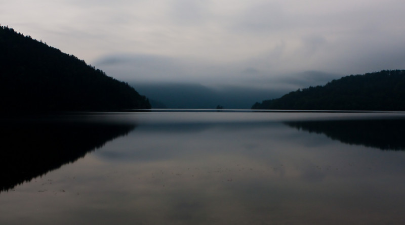 Lake Shikaribetsu at night.