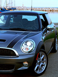 2007-07-22   Mini Cooper and Lake Michigan
