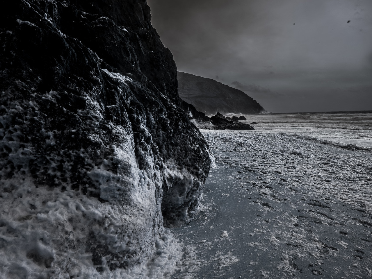 A December afternoon on a Dingle Peninsula beach