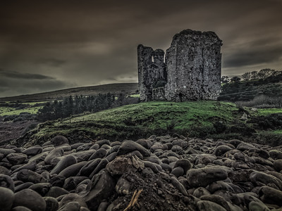 A spooky Castle in the Dingle Peninsula - Happy Halloween