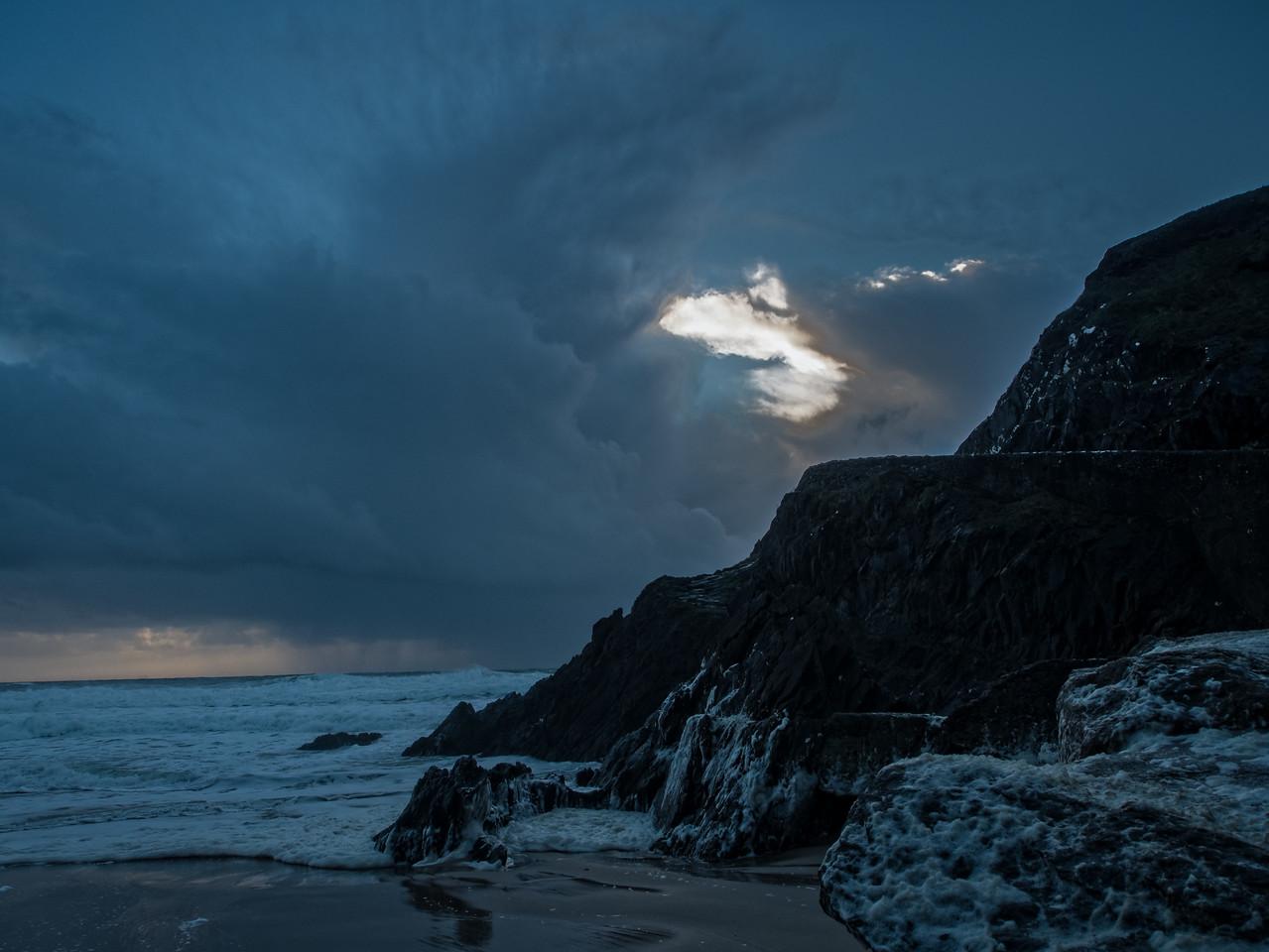 A December evening on a Dingle beach