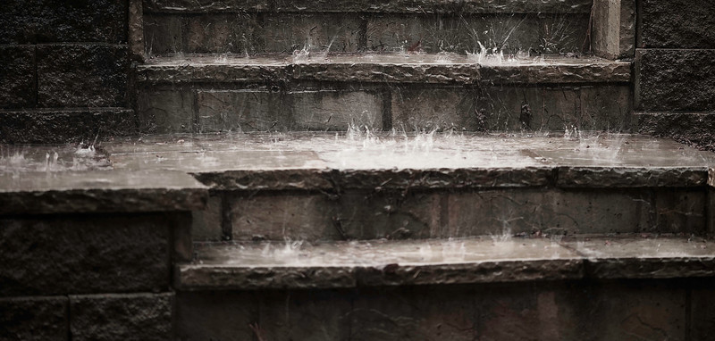 steps and splashes