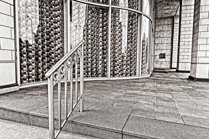 glass curve, urban perspectives