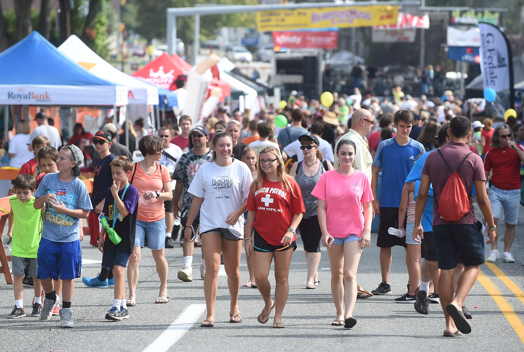 . PETE BANNAN-DIGITAL FIRST MEDIA   Music fans filled the streets of Haverford Township Saturday as the Haverford Music Festival hosted 32 bands and singers on various stages near Darby and Eagle Roads.