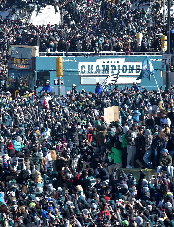 . PETE BANNAN-DIGITAL FIRST MEDIA       The Philadelphia  Eagles make their way along the Parkway at Ekins Oval as the head to the Philadelphia Art Museum for the Championship celebration.