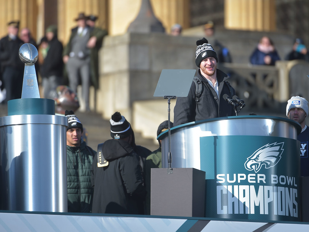 . PETE BANNAN-DIGITAL FIRST MEDIA      Eagles quarterback Carson Wentz speaks to fans Eagles Championship Celebration.