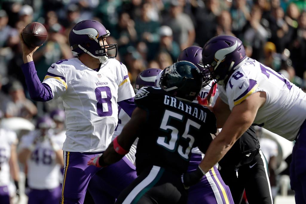 . Minnesota Vikings\' Sam Bradford passes during the first half of an NFL football game against the Philadelphia Eagles, Sunday, Oct. 23, 2016, in Philadelphia. (AP Photo/Michael Perez)