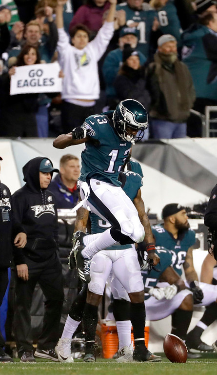 . Philadelphia Eagles\' Nelson Agholor reacts after catching a first down pass during the second half of the NFL football NFC championship game against the Minnesota Vikings Sunday, Jan. 21, 2018, in Philadelphia. (AP Photo/Matt Slocum)