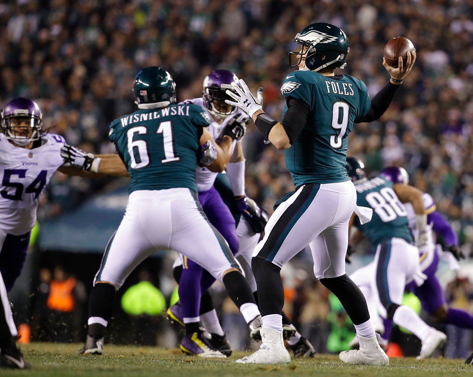 . Philadelphia Eagles\' Nick Foles throws during the first half of the NFL football NFC championship game against the Minnesota Vikings Sunday, Jan. 21, 2018, in Philadelphia. (AP Photo/Matt Rourke)