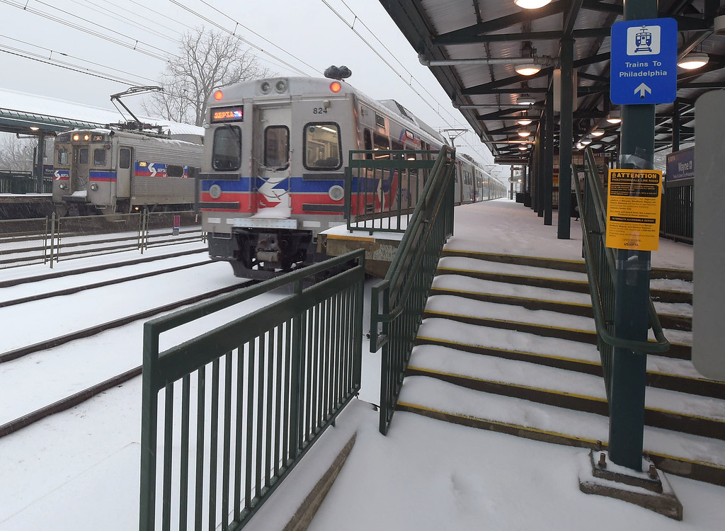 . PETE  BANNAN-DIGITAL FIRST MEDIA    Septa regional rail stops at Wayne Tuesday morning.