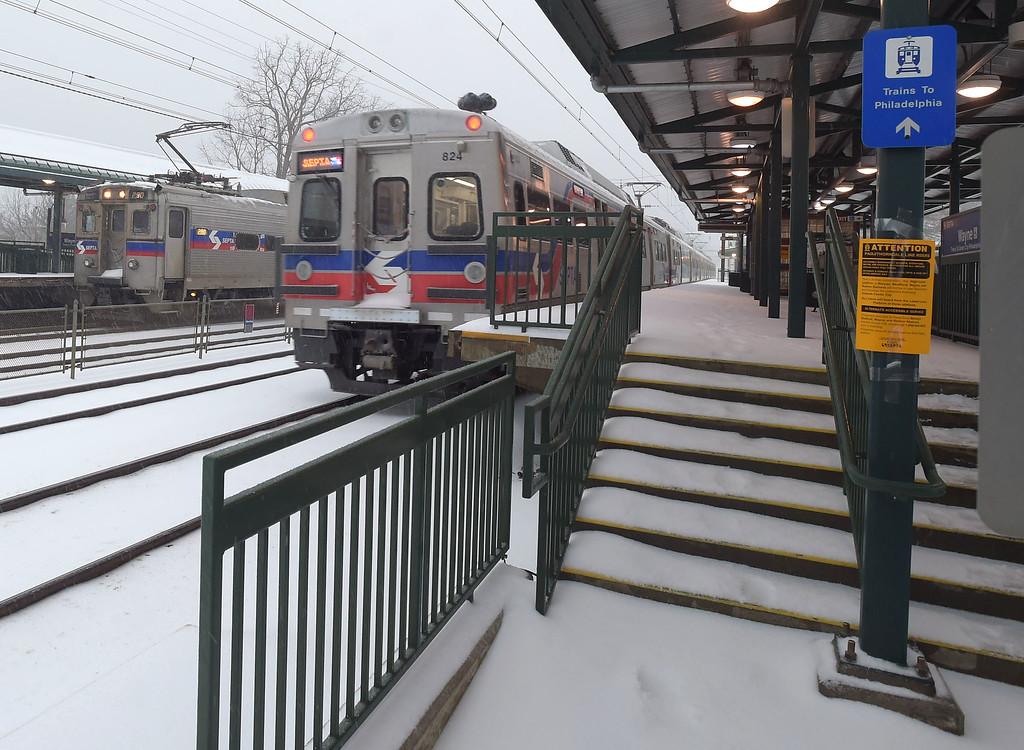 . PETE  BANNAN-DIGITAL FIRST MEDIA    Septa regional rail stops at Wayne Tuesday morning.