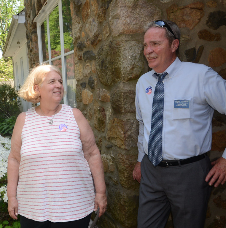 . PETE  BANNAN-DIGITAL FIRST MEDIA        Radnor candidate Jane Galli with Republican committeeman  Jerry O\'Connor at Radnor Methodist church.