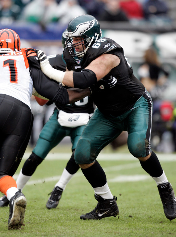 . ** FOR USE AS DESIRED WITH SUPER BOWL XXXIX STORIES ** Philadelphia Eagles offensive lineman Jon Runyan blocks against the Cincinnati Begals in this Jan. 2, 2005 photo  in Philadelphia, Pa. (AP Photo/Rusty Kennedy)