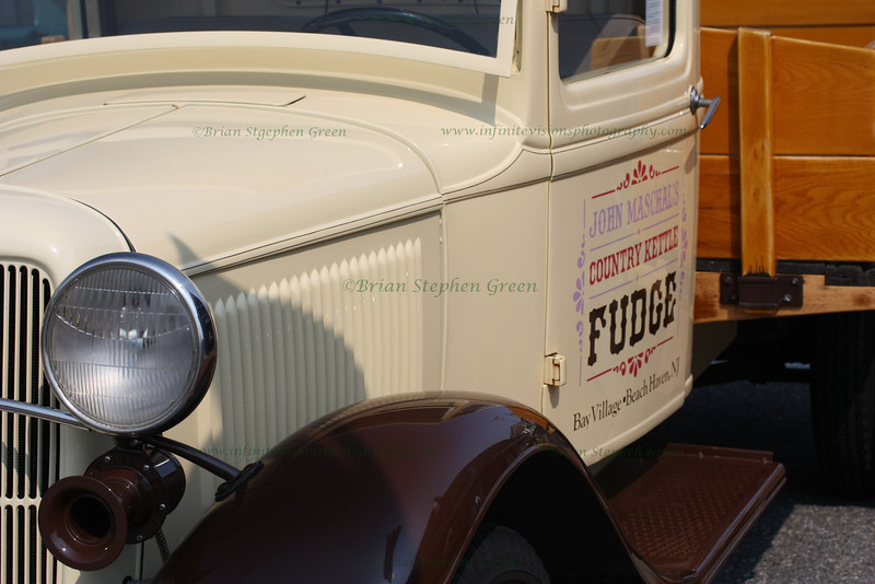 "(110) ""Fudge"" 7/5/10<br /> Fudge is very big on Jersey shore, and the Country Kettle in Beach Haven, NJ is well known for their hand whipped fudge.  For over 49 years, it has been a Long Beach Island favorite.  This classic truck of theirs is usually parked outside and is always a welcome sight."