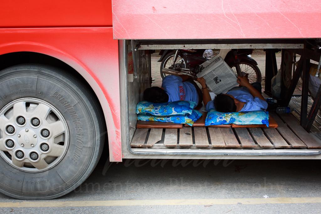Đọc báo // www.dayvietnam.com