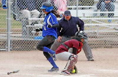 Santa Fe Indian School vs. St. Michael's High School during a girls softball game in Santa Fe, N.M. on April 9, 2011. Natalie Guillén/The New Mexican