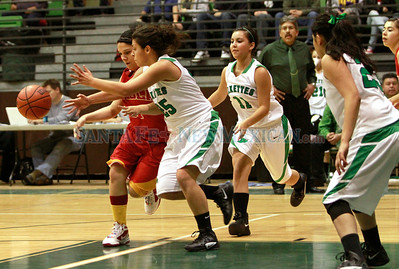 Espanola vs Pojoaque girls at the Ben Lujan Gymnasium on Thursday, December 22, 2011. Photos by Jane Phillips/The New Mexican