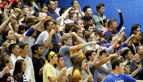 Hope Christian vs. St. Michael's, boys basketball game in Santa Fe, N.M. on Feb. 2, 2012. Photos by Natalie Guillén/The New Mexican