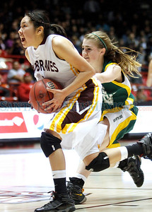 Santa Fe Indian School vs Hope Christian School during the state girls basketball tournament at the PIT in Albuquerque, N.M. on Mar. 10, 2011. Natalie Guillén/The New Mexican