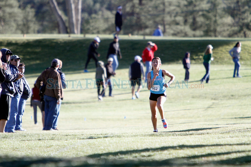 The Los Alamos Invite cross country meet at Los Alamos Golf Course on Friday, October 26, 2012. Photo by Luis Sánchez Saturno/The New Mexican