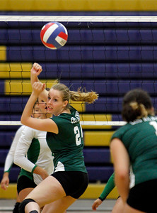 The final Pojoaque vs Los Alamos volleyball game at Santa Fe High School during the Tournament of Champions on Sep. 17, 2011.  Photo by Luis Sánchez Saturno/The New Mexican