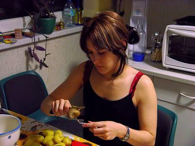 2004-12-07_03500 die Köchin