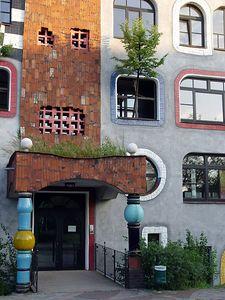 2005-07-26_05749 spontaner Ausflug nach Wittenberg - zur Hundertwasserschule