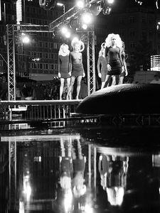 2005-08-05_05890 Modeschau auf dem Augustusplatz