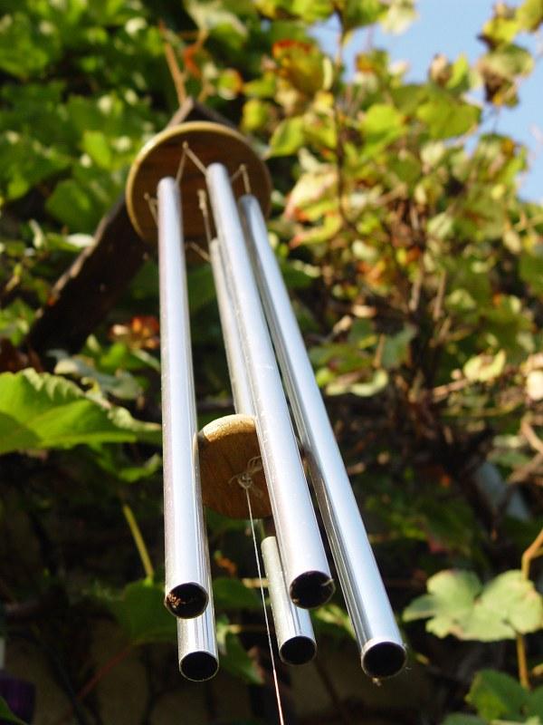 2005-10-06_06731 Das Glockenspiel läutet langsam den Herbst ein.The glockenspiel slowly chimes in autum.