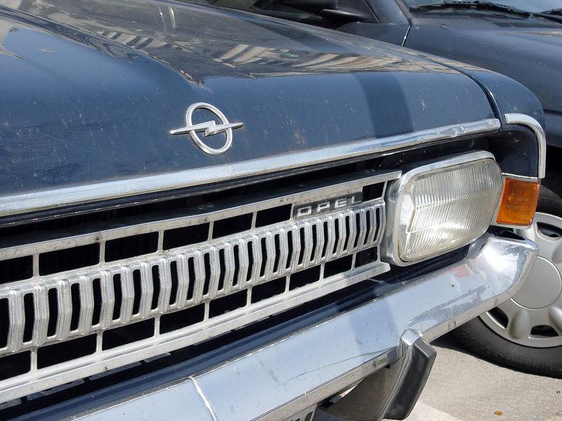 2006-04-25_09533 alter Opel old Opel