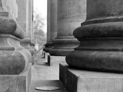 2006-04-03_09281 Säulen des Bundesverwaltungsgerichts pillars of the Bundesverwaltungsgericht (federal administrative court