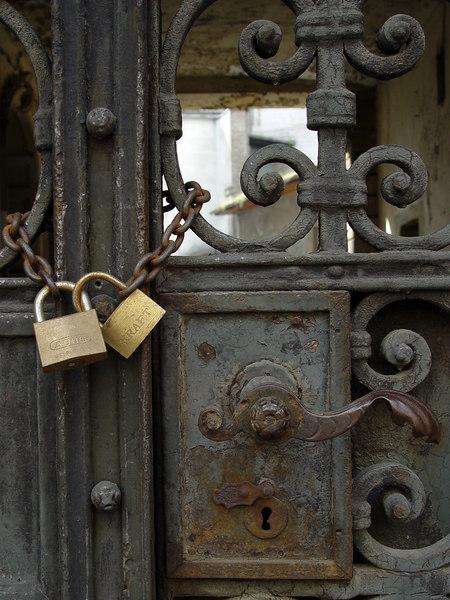 2006-06-17_10109 the old gate das alte Tor el portal viejo