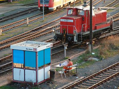 2009-04-09 On Break.