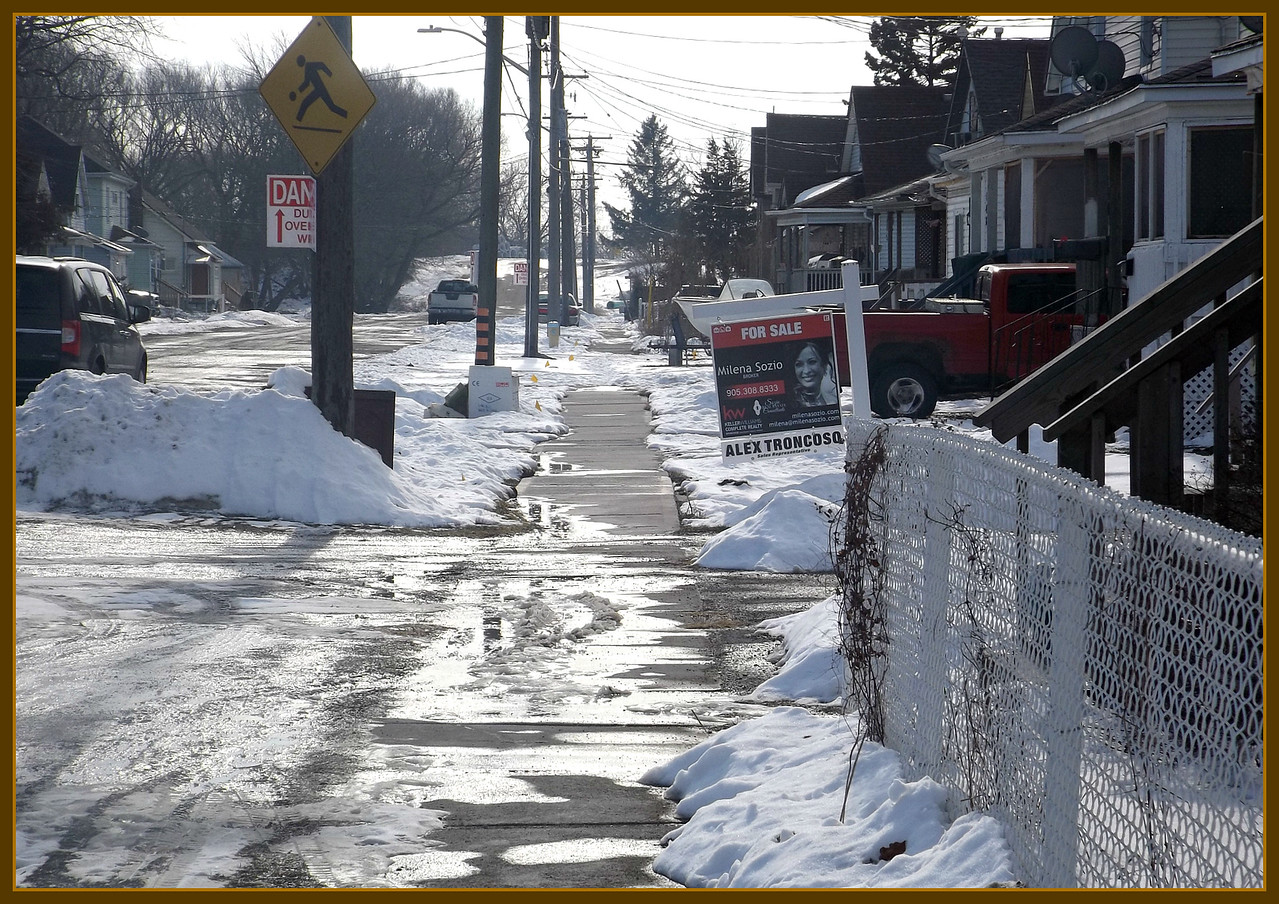 Some days ,, the sun shines and the next is frozen,, Canadian Winter,,,, 2/5/18