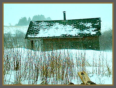 A VERY OLD PHOTO ON MY BROTHERS LITTLE NS FARM.  WE ARE EXPECTING A STORM HERE IN ONTARIO TONIGHT BUT WE GET NOTHING  THAT COMPARE TO NOVA SCOTIA  WINTERS.  24/11/16