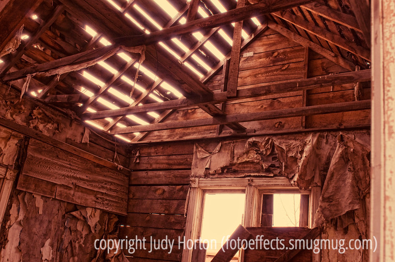 Day 120 - I could not resist posting two images today.  This one was taken in Cripple Creek, where we had gone for the Ice Festival. I happened to see this old abandoned house and took a bunch of pictures of it.  I really liked the light in this one.  What do you all think?