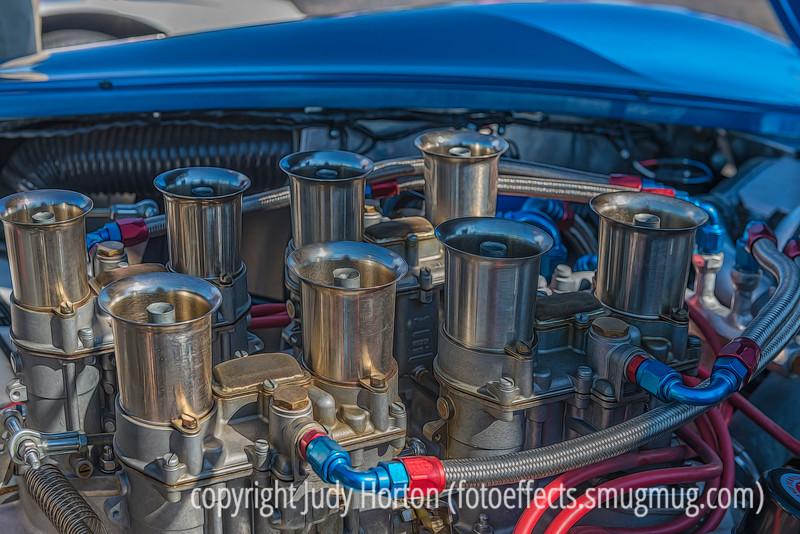 Carburetors on Old Cobra