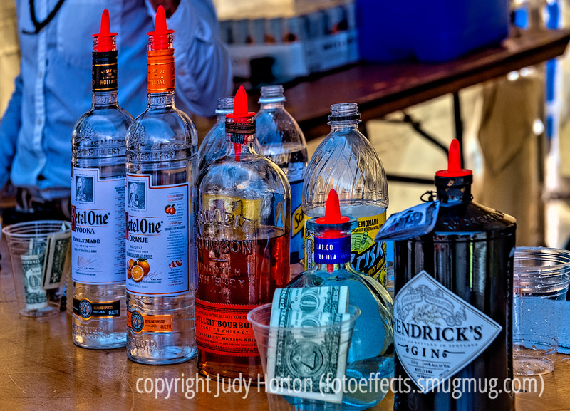 A Bar at the Cherry Creek Arts Festival