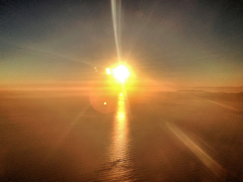 "<span id='date'>2013-05-30</span> <span id='title'>Gigantic Nuclear Furnace</span> Sunset over the ocean as seen out a plane window, shortly after takeoff from LAX.  <a href=""http://www.jawsnap.net/Daily/year5/21694881_xSmBVj#!i=1877535078&k=ZbfQCqB"">[last year]</a>"