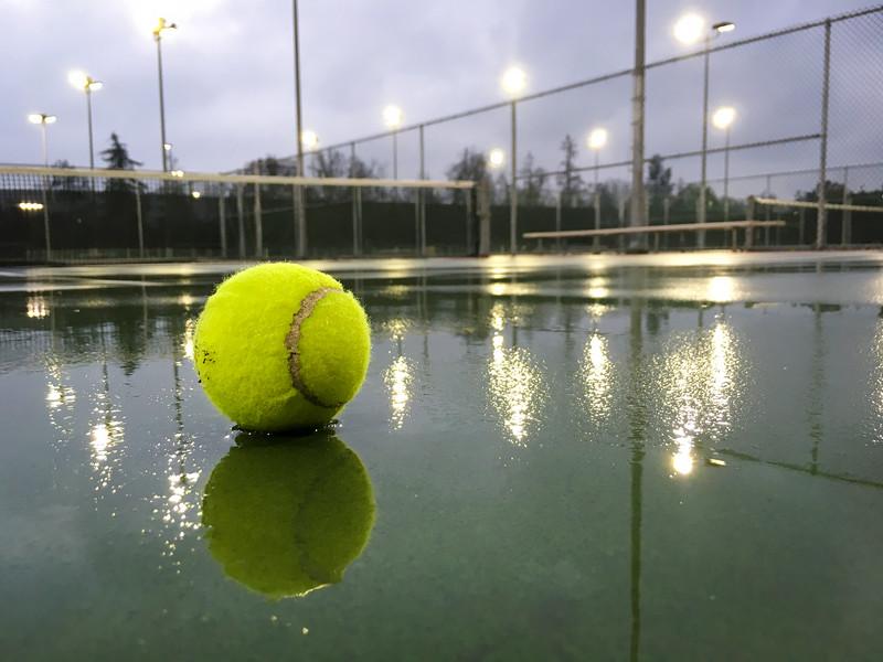 Water Tennis