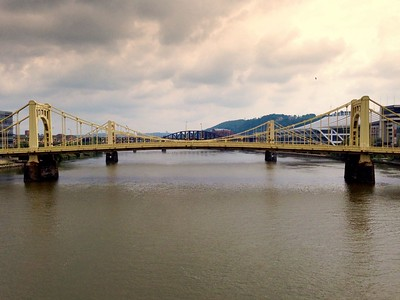 A view from the Robert Clemente Bridge up the Allegheny.