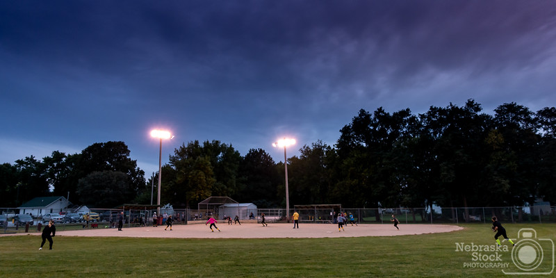 9-27-2018<br /> <br /> 270/365<br /> <br /> Thursday night lights, Golden Girls style. <br /> <br /> Photo taken with a Sony RX100M4<br /> <br /> ISO 500<br /> <br /> 1/100th at F4<br /> <br /> Picture No. 165322